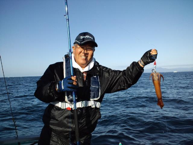 ようやくイカ釣りに!!